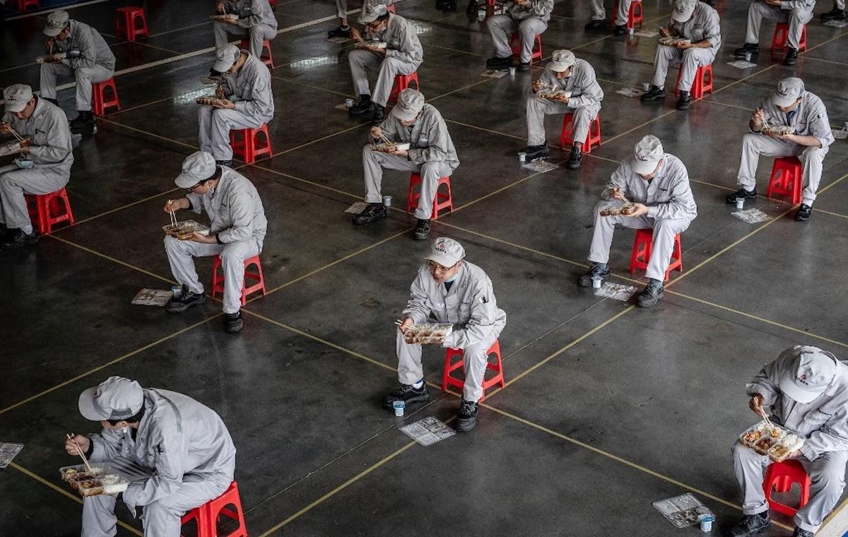 """Cơn """"ác mộng"""" mang tên Covid-19 của gần 300 triệu lao động Trung Quốc - 2"""