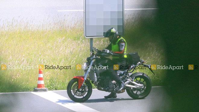 """Lộ ảnh thực tế của """"quái thú"""" Ducati Monster 2021 - 2"""