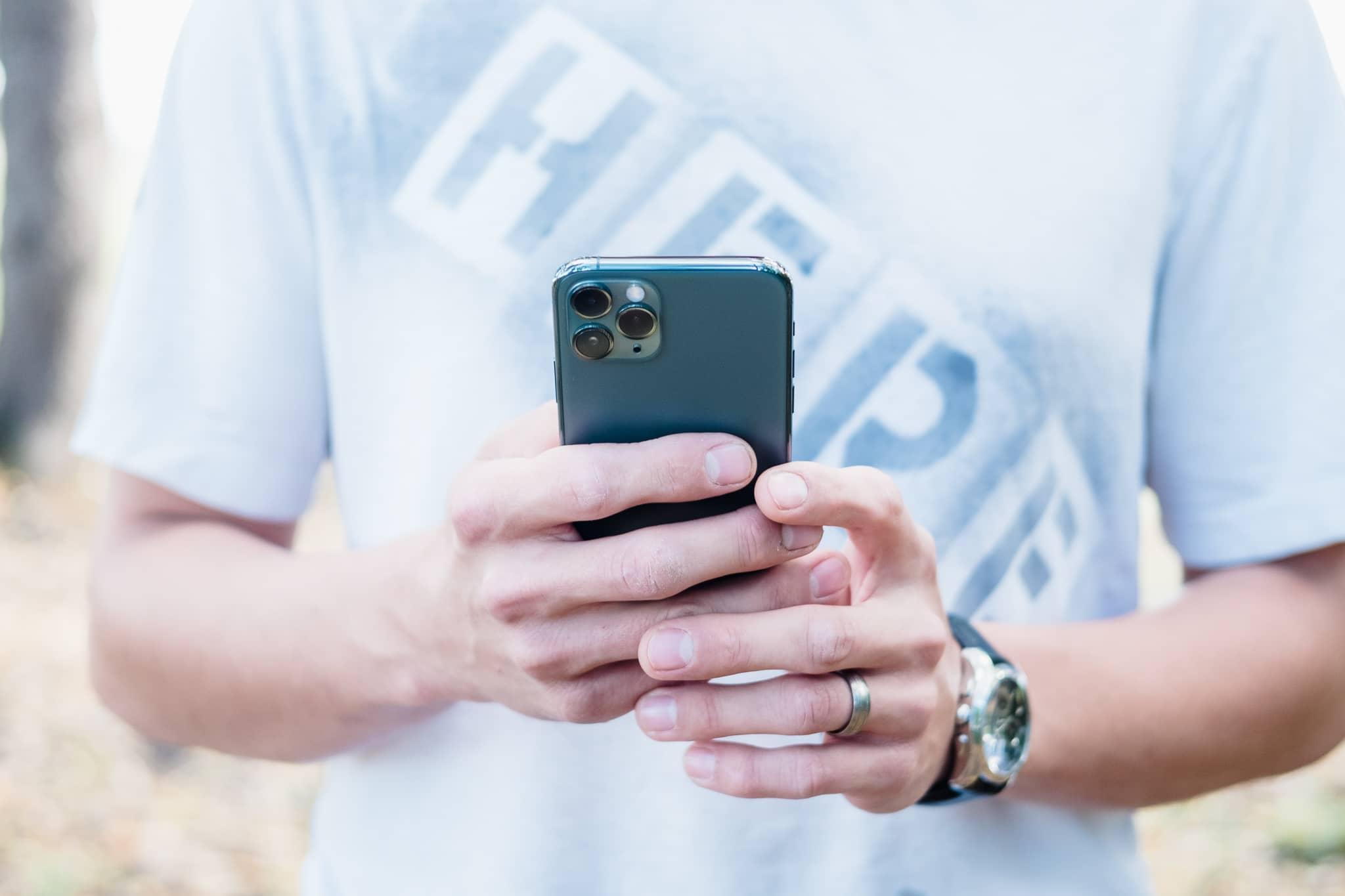 iPhone 11 Pro lại khiến các tín đồ lạc nhịp với video quảng cáo mới - 2