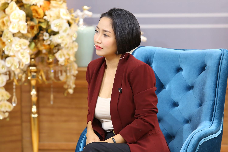 Ốc Thanh Vân đau lòng trước cảnh chồng trẻ vác dao chém vợ vì không chấp nhận mình mất khả năng gần gũi - 5