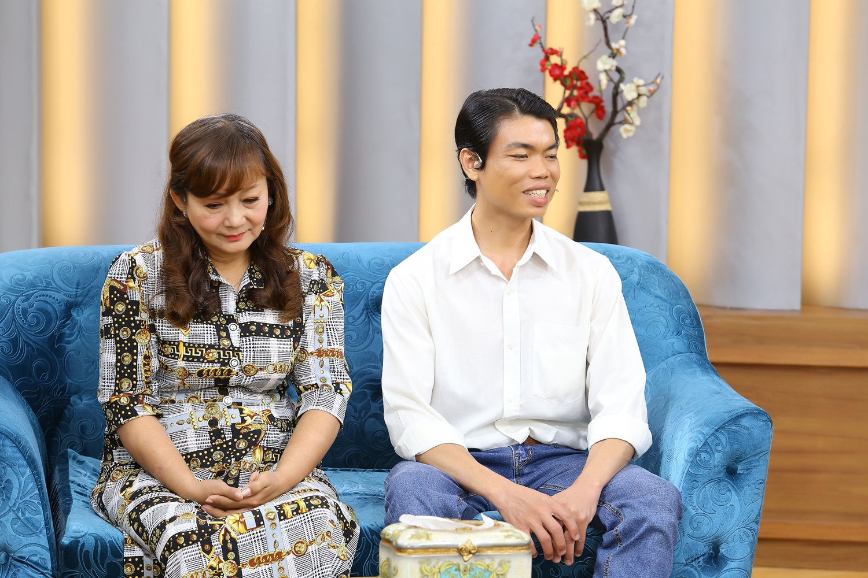 Ốc Thanh Vân đau lòng trước cảnh chồng trẻ vác dao chém vợ vì không chấp nhận mình mất khả năng gần gũi - 3