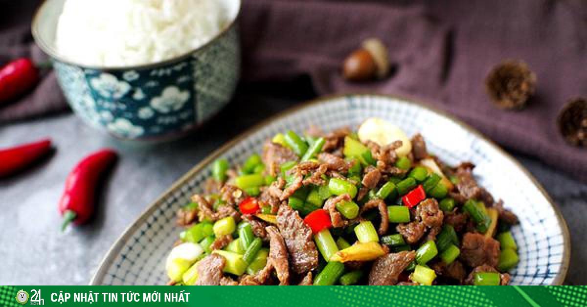 Thịt bò xào với thứ này đảm bảo ngon tụt lưỡi, ai ăn cũng hỏi cách làm