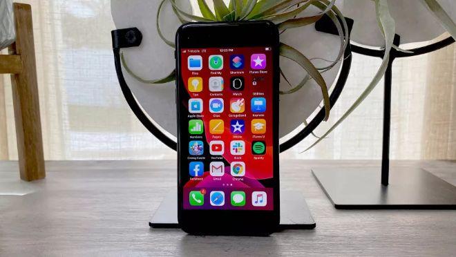 """Chiếc iPhone này mạnh hơn iPhone XS mà người dùng iPhone 7 nên """"lên đời"""" - 1"""