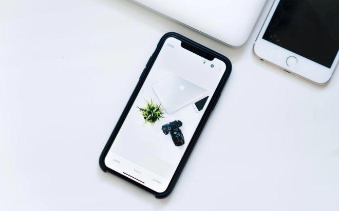 Chiếc iPhone từng bị ném đá lại mở ra kỷ nguyên mới cho smartphone - 4