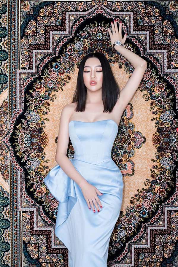 Hoa hậu Huỳnh Thúy Anh lấn sân sang lĩnh vực kinh doanh tranh thảm Ba Tư - 2