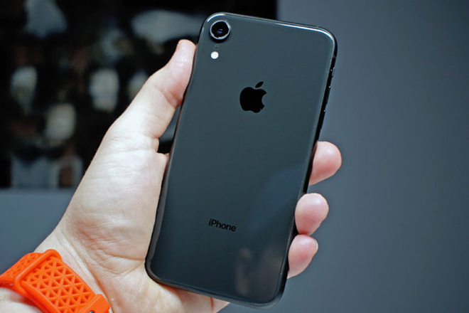 Tại sao chiếc iPhone bình dân này vẫn đang được nhiều người săn đón - 4