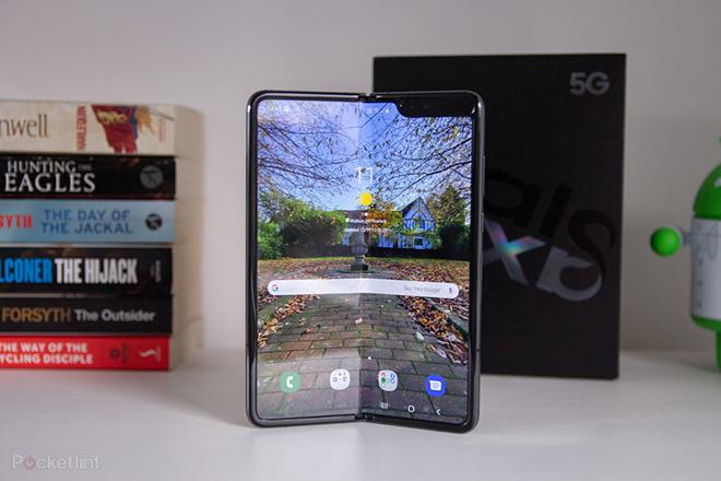 iPhone có màn hình gập lại có gì thú vị hơn Galaxy Fold? - 3