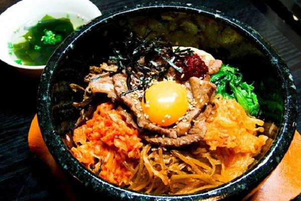 Mát trời làm món cơm trộn kiểu Hàn Quốc, đơn giản lại ngon miệng - 7