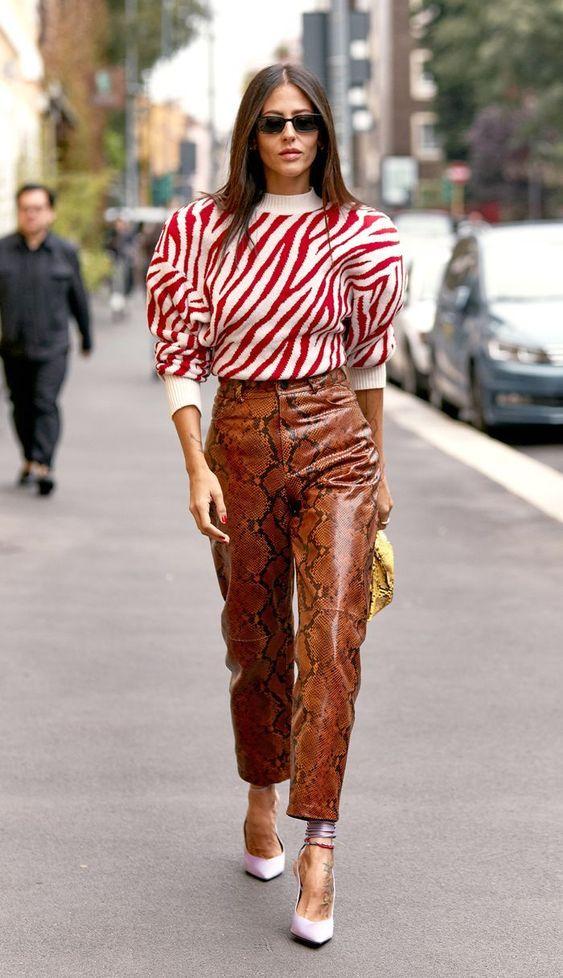 6 kiểu họa tiết xinh mùa mát dành cho quý cô sành mặc - 11