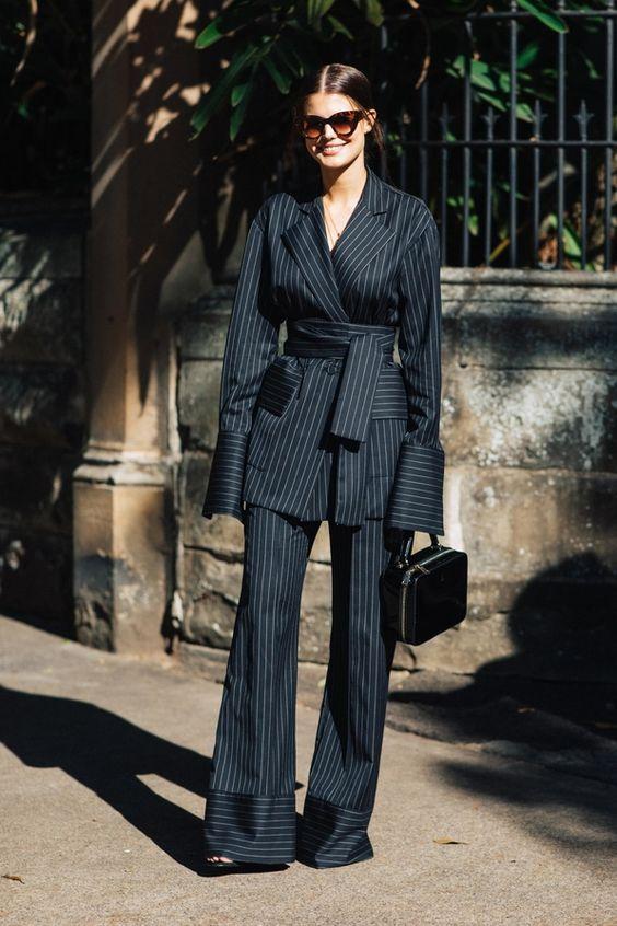 6 kiểu họa tiết xinh mùa mát dành cho quý cô sành mặc - 15
