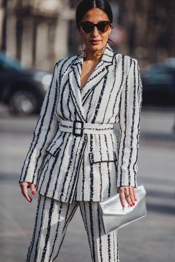 6 kiểu họa tiết xinh mùa mát dành cho quý cô sành mặc - 16