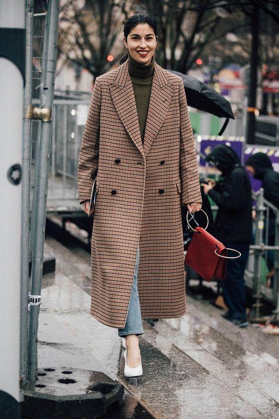 6 kiểu họa tiết xinh mùa mát dành cho quý cô sành mặc - 3