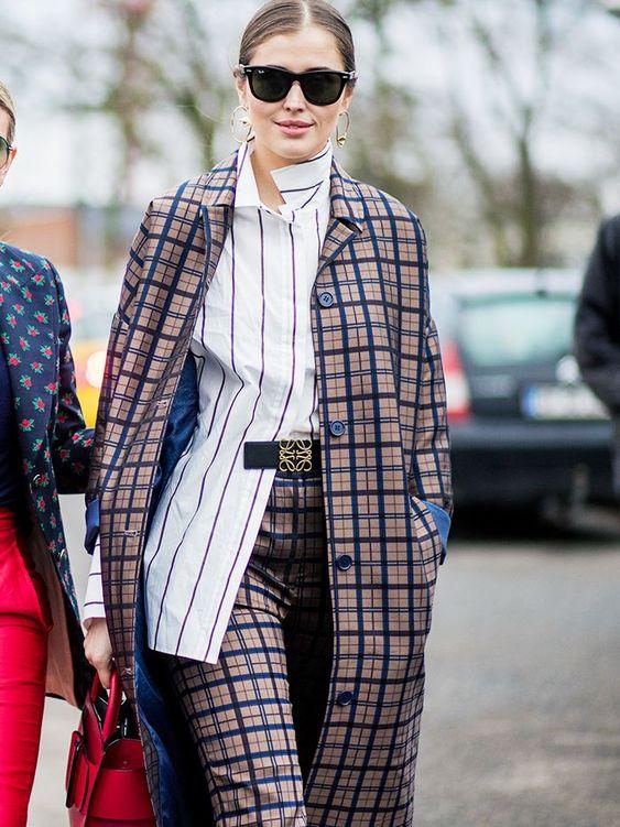 6 kiểu họa tiết xinh mùa mát dành cho quý cô sành mặc - 5