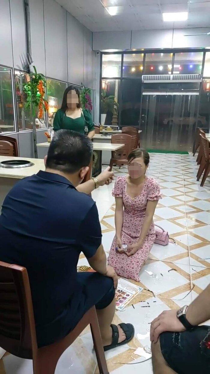 Khởi tố, bắt khẩn cấp chủ quán nhậu Nhắng Nướng bắt nữ thực khách quỳ