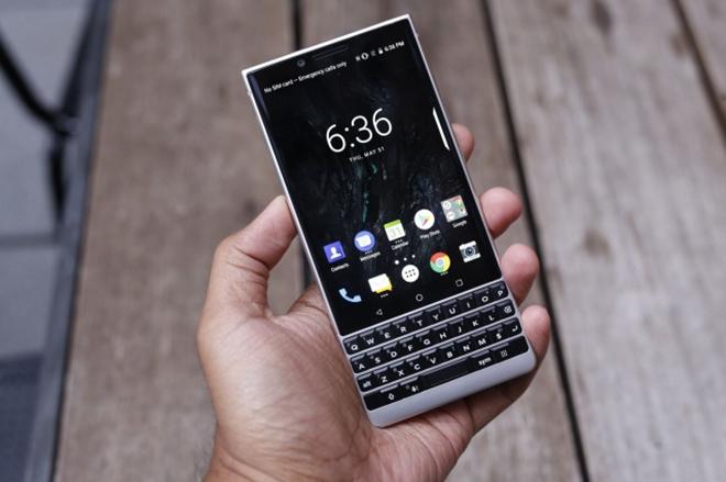 HOT: Điện thoại BlackBerry hẹn ngày trở lại, tiến ngay đến 5G - 2