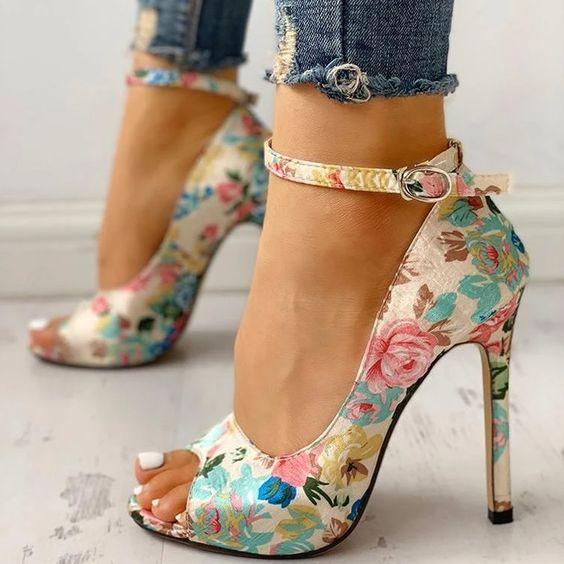7 mẹo nhỏ giúp bạn làm quen với những đôi giày cao gót điệu đà - 3