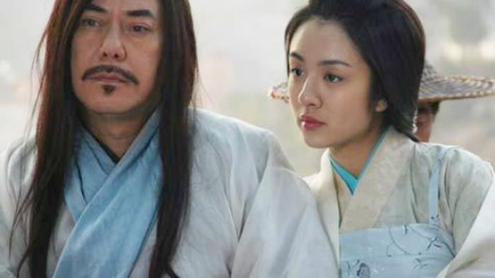 """3 cặp """"trâu già gặm cỏ non"""" phim Kim Dung: Bố mẹ Hoàng Dung chưa là gì so với vợ chồng này"""