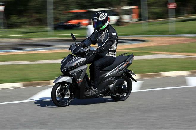 2021 Yamaha NEO 125: Xe ga thực sự khiến Honda Air Blade sợ? - 11