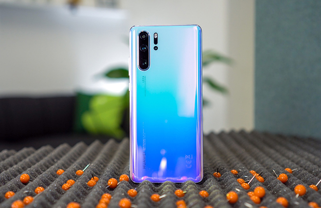 """Huawei có cơ hội """"lội ngược dòng"""" để vượt Samsung hay không? - 2"""