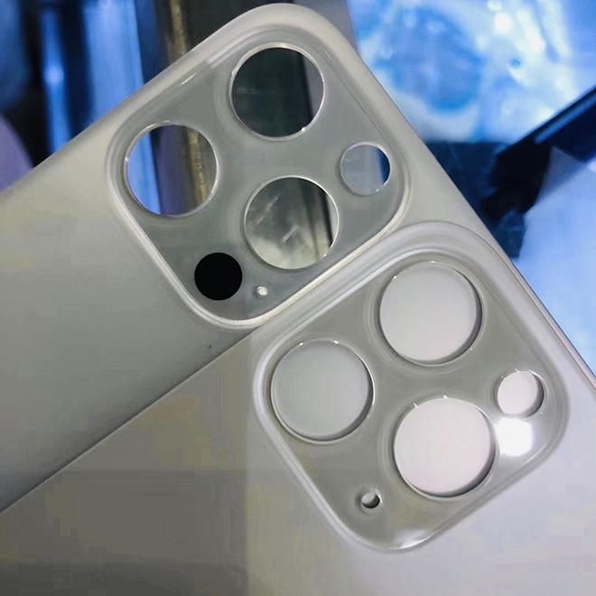 Vỏ bảo vệ iPhone 12 Pro để lộ vị trí cảm biến mới - 1
