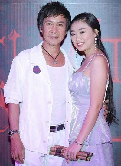 """Danh hài Lê Huỳnh cưới vợ kém 30 tuổi, bố mẹ vợ gọi bằng """"anh"""" - 1"""