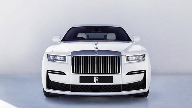 Roll-Royce Ghost thế hệ mới ra mắt, giá bán từ 7,7 tỷ đồng