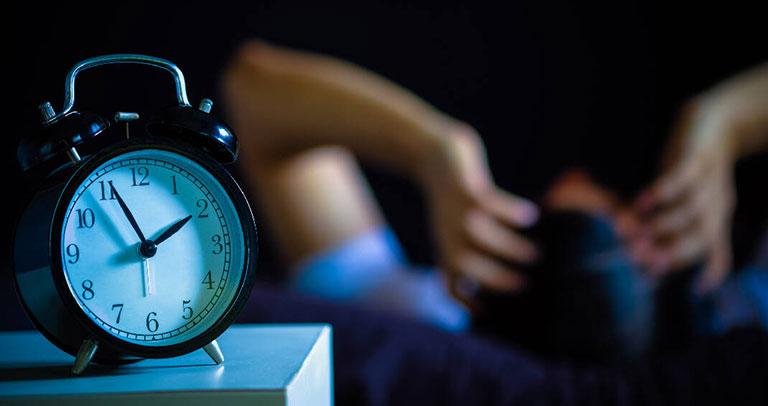 Làm sao để cải thiện các cơn ho khan kéo dài vào ban đêm an toàn, hiệu quả? - 1