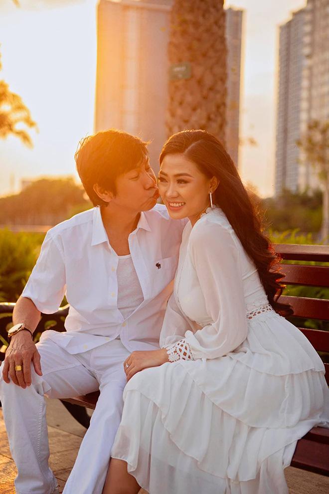 """Danh hài Lê Huỳnh cưới vợ kém 30 tuổi, bố mẹ vợ gọi bằng """"anh"""" - 2"""