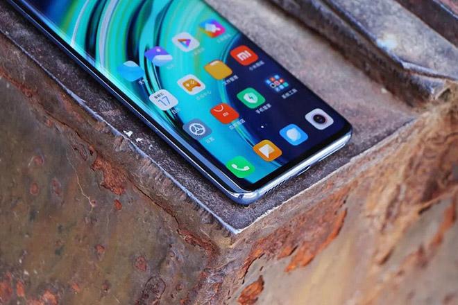 Đây là những điện thoại 5G thách thức iPhone 12 - 4