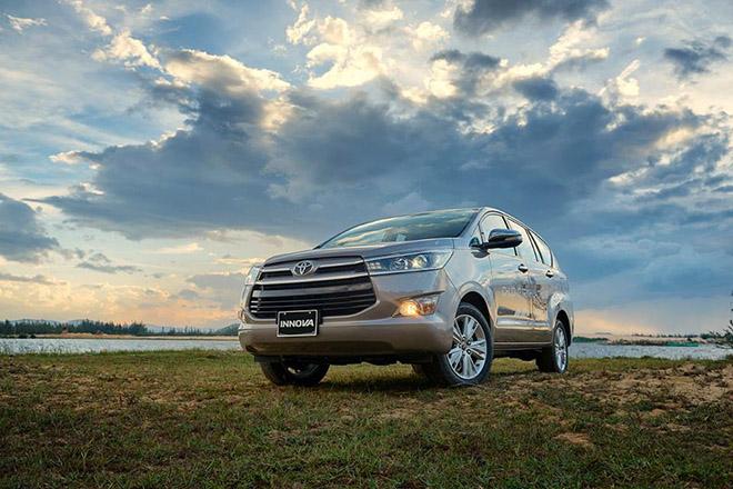 Giá xe Toyota Innova lăn bánh mới nhất tháng 9/2020