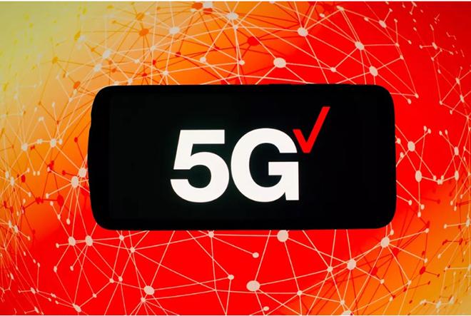 """iPhone 12 và 5G sẽ giúp Apple """"cất cánh"""" - 2"""