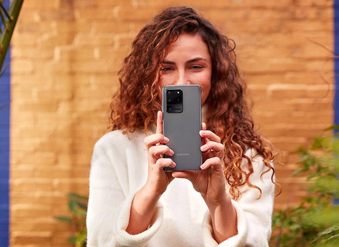 Top 5 lựa chọn hấp dẫn hơn Galaxy Z Fold 2 - 3