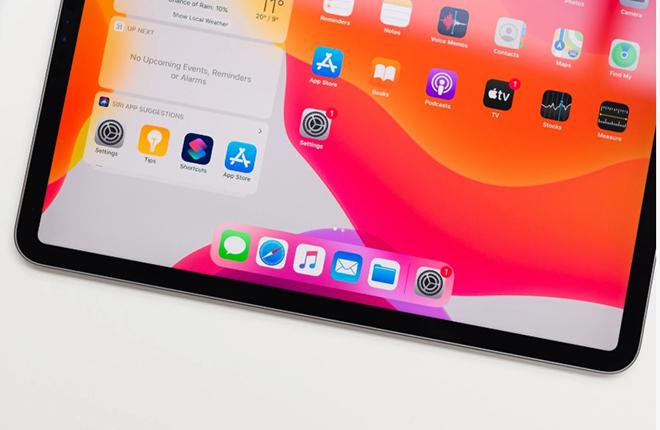 HOT: Apple chính thức đặt hàng màn hình gập lại của Samsung - 1