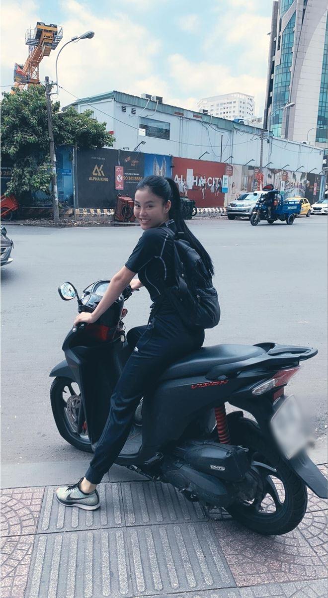 """Chỉ 1 bức ảnh, """"hoa hậu ăn chơi nhất Sài thành"""" lại gây xôn xao mạng xã hội - 3"""