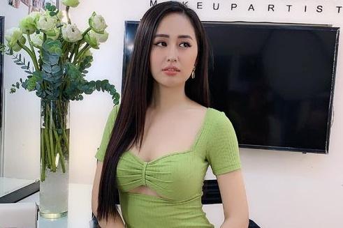 Hoa hậu Việt có vòng một gần 100cm nhiều lần phát ngôn gây chú ý - 1