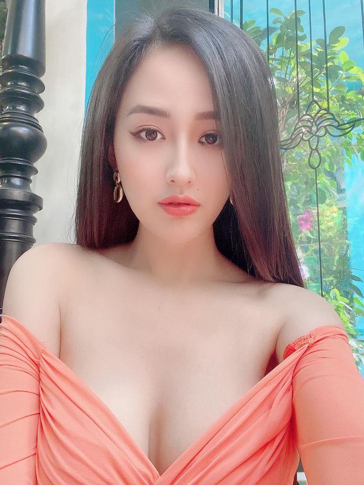 Hoa hậu Việt có vòng một gần 100cm nhiều lần phát ngôn gây chú ý - 8