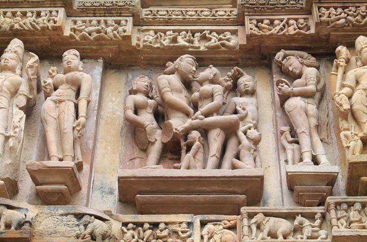 """Ngôi đền cổ đại cực hút khách nhưng cũng khiến không ít người """"đỏ mặt"""" - 7"""