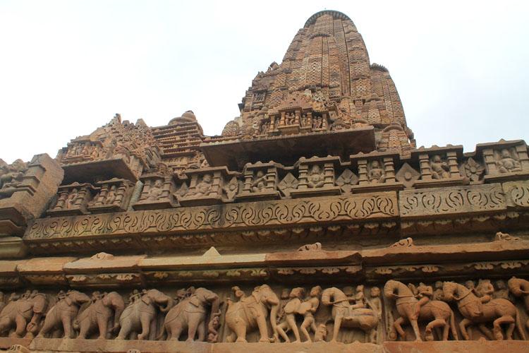"""Ngôi đền cổ đại cực hút khách nhưng cũng khiến không ít người """"đỏ mặt"""" - 6"""