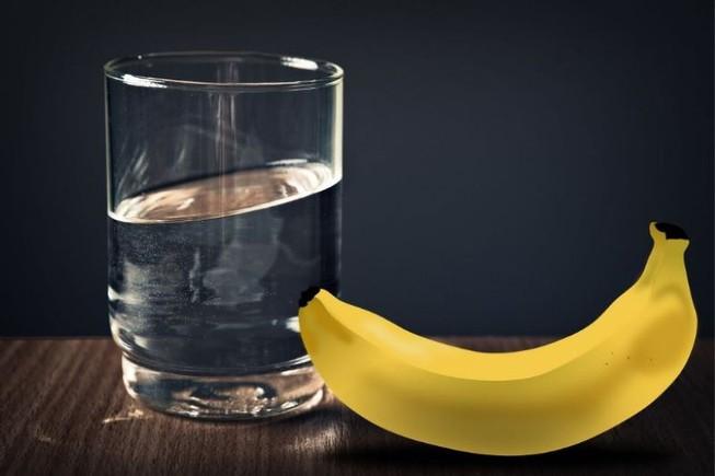 Ăn chuối và uống nước ấm mỗi buổi sáng thì điều gì sẽ xảy ra? - 1