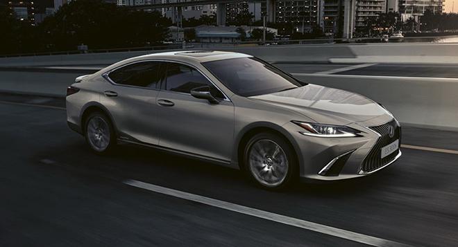 Lexus ES 300h trình làng 3 phiên bản mới, giá từ 1,11 tỷ VND - 3