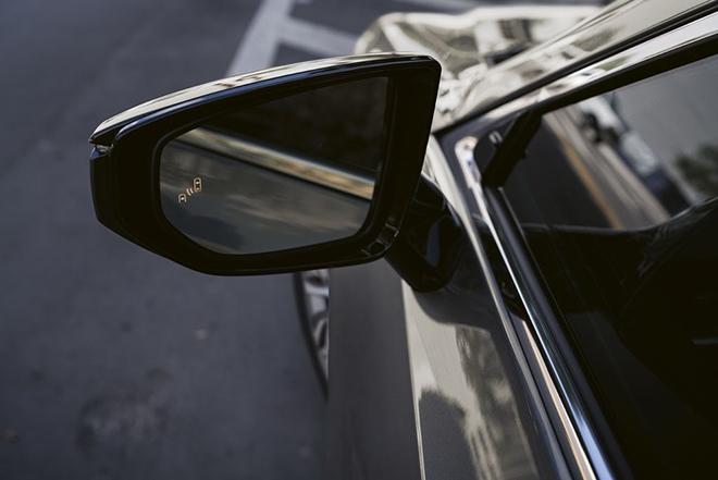 Lexus ES 300h trình làng 3 phiên bản mới, giá từ 1,11 tỷ VND - 2