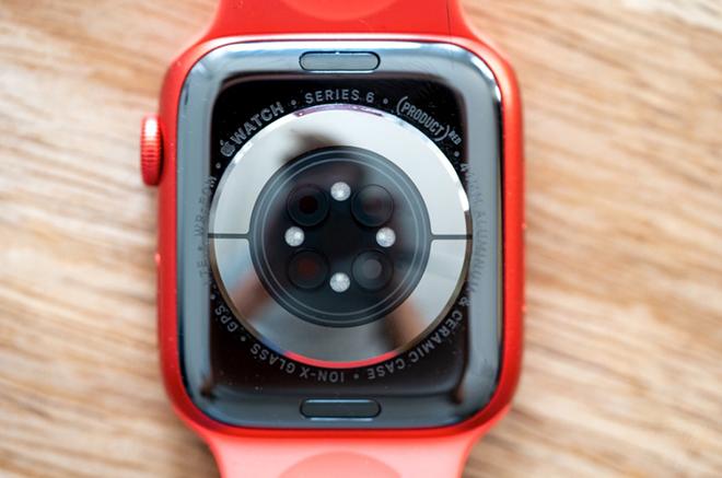 24h Trải nghiệm tuyệt vời cùng Apple Watch Series 6 - 2