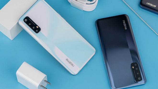 """Top smartphone sạc nhanh giá tầm trung, giá """"ngọt lịm"""" - 1"""
