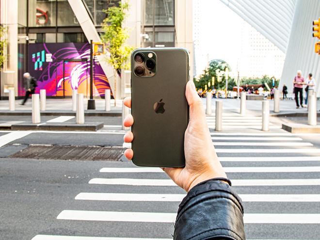 """Chiếc iPhone """"dưới một người, trên vạn người"""" đang giảm giá mạnh - 4"""