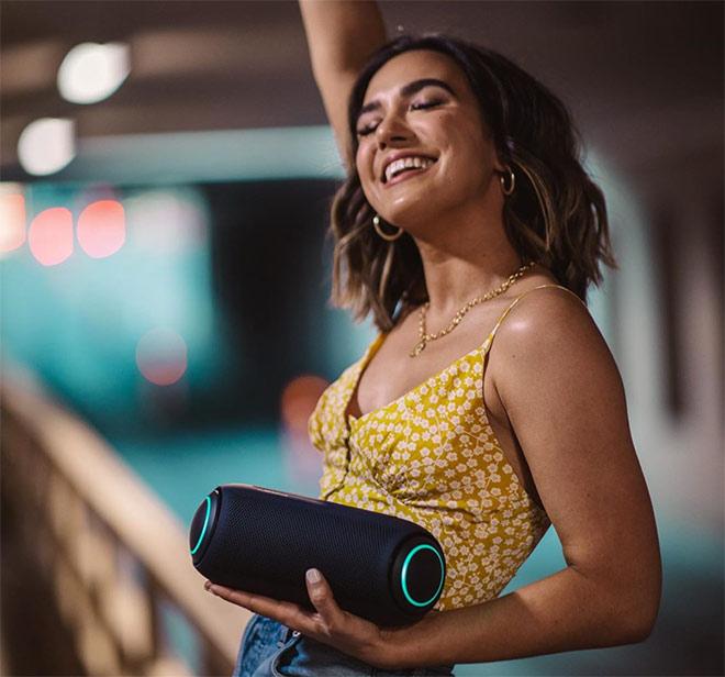 LG XBOOM Go: Chiếc loa khuấy động mọi cuộc vui của bạn - 1