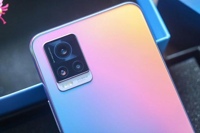 Vivo tung thêm bộ đôi smartphone chụp selfie siêu ngầu - 1