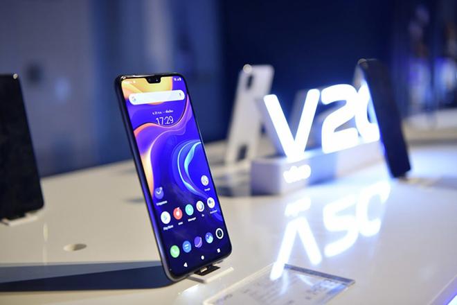 Vivo tung thêm bộ đôi smartphone chụp selfie siêu ngầu - 2