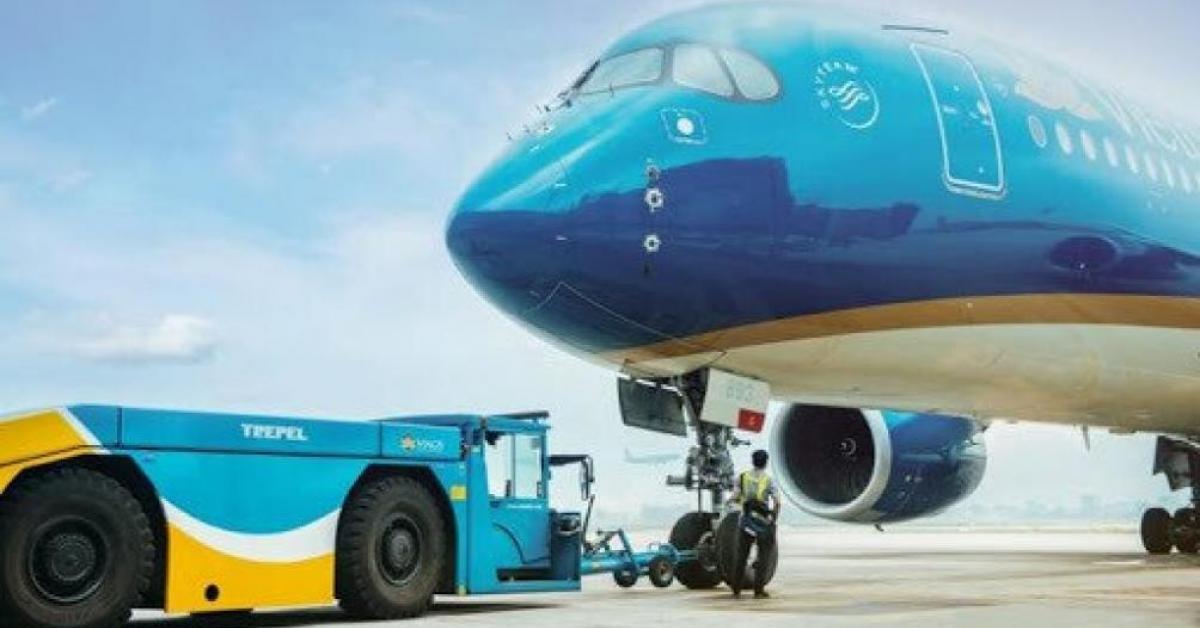 Tin tức trong ngày - Một nhân viên kỹ thuật bị sét đánh tử vong tại sân bay Nội Bài