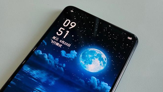 Realme dẫn trước Apple và Samsung với smartphone có camera dưới màn hình - 1