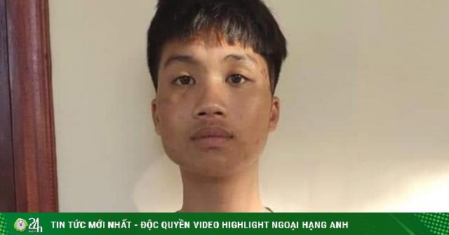 Tạm giữ hình sự thanh niên hổ báo đập phá xe máy ở Hà Nội